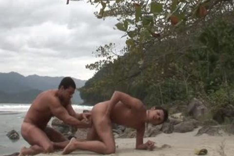 young lad pounds Stranger With pumped up large dick On The Beach
