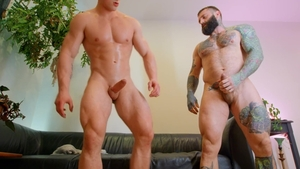 Drill My Hole: Muscled Markus Kage blowjob cum indoors